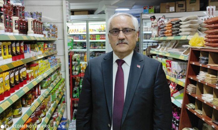 Bakkal amca: Zincir marketler pazar günleri kapatılsın