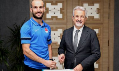 Bursa Nilüfer'den milli atlete ödül