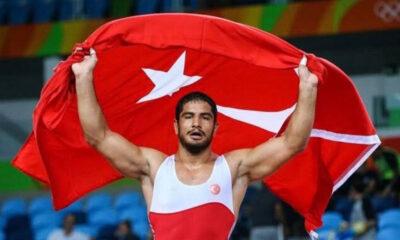 Milli güreşçimiz Taha Akgül, Avrupa Şampiyonu oldu